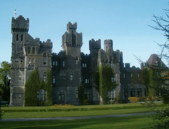 Ashford Castle in Ireland-sohelee
