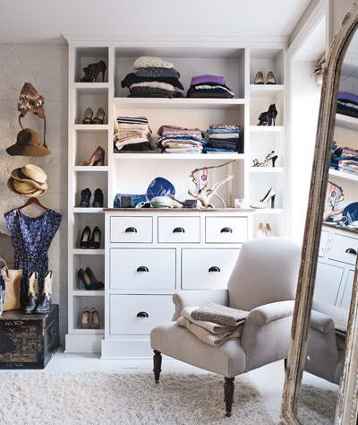 customized closet shelves-keri russell-celebrities at home-sohelee