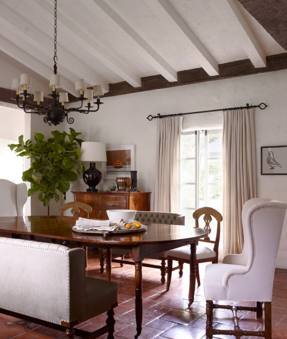 dining room-reese witherspoon-celebrities at home-sohelee