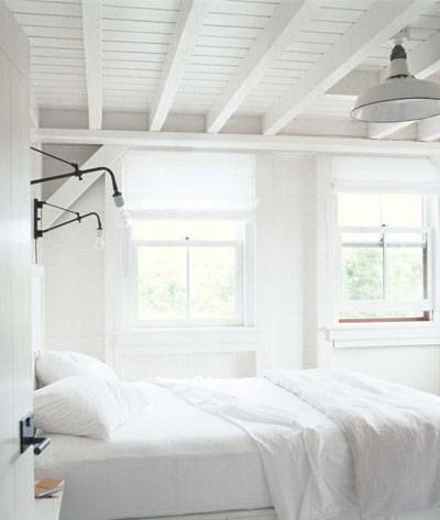 guest bedroom-meg ryan-celebrities at home-sohelee