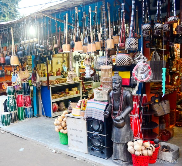 souvenir shop in front of the mausoleum of lalan shah-cheuria-kushtia-sohelee1