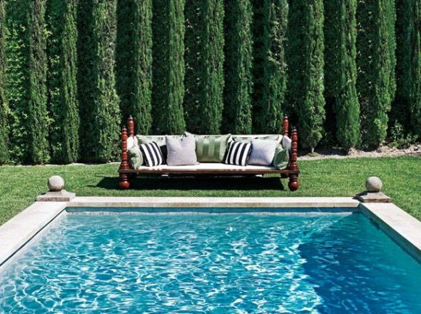 swimming pool-ellen pompeo-celebrities at home-sohelee2