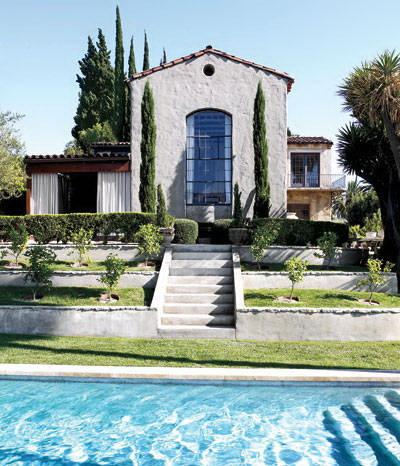 terrace gardens-ellen pompeo-celebrities at home-sohelee