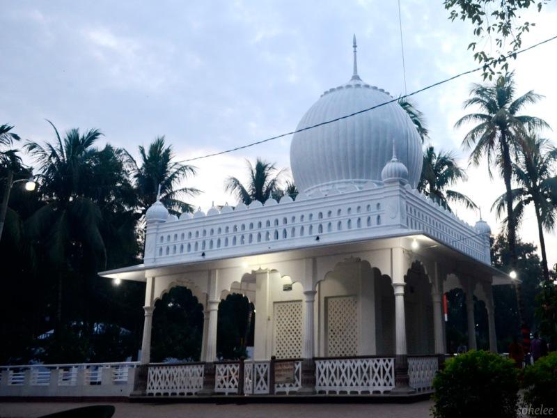 the mazaar (mausoleum) of lalan shah-cheurria-kushtia-sohelee1