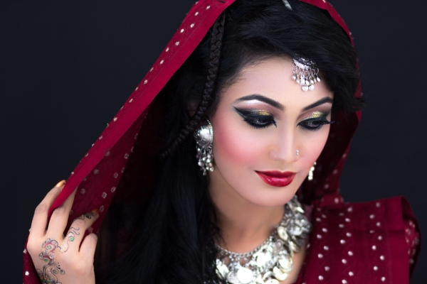 1st bridal make-up photo shoot by memoire weddings-sohelee1