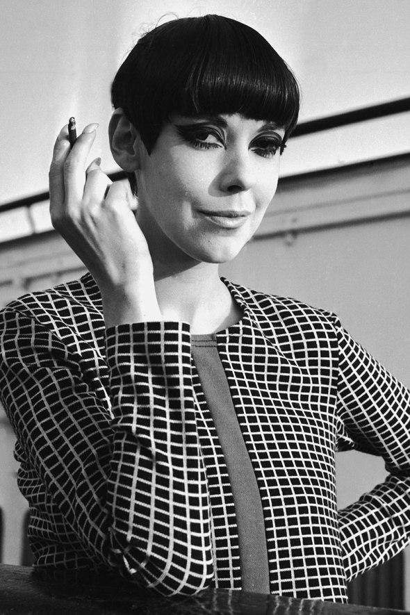 Peggy Moffitt, 1965-the evolution of bang-sohelee