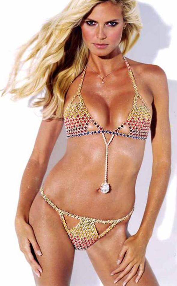 Victoria's Secret Fantasy Bra through the years - Heidi Klum 2003