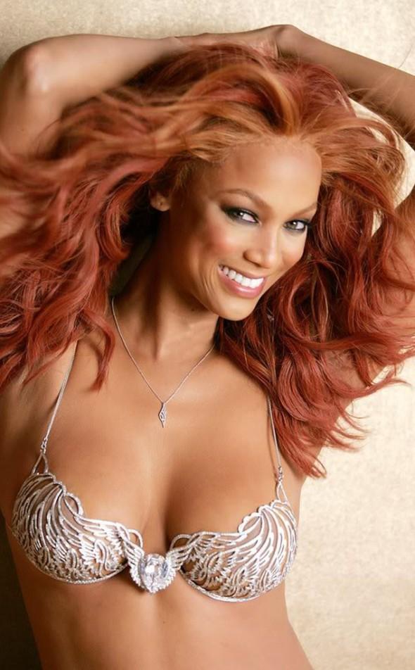 Victoria's Secret Fantasy Bra through the years - Tyra Banks 2004